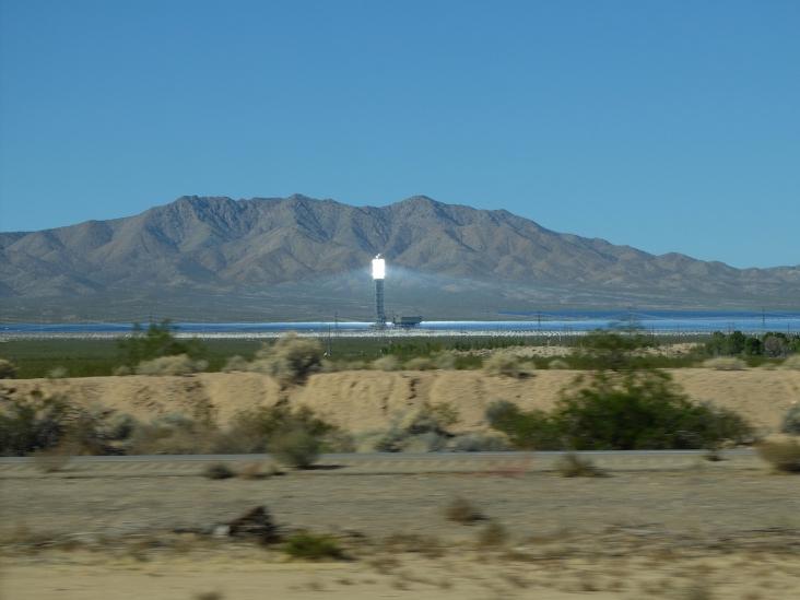 Des miroirs super-puissants dans le désert...