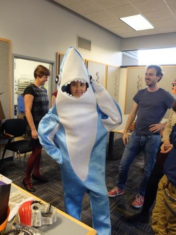 Requin au garde-à-vous !