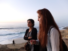 Sabrina et Angela discutent de linguistique