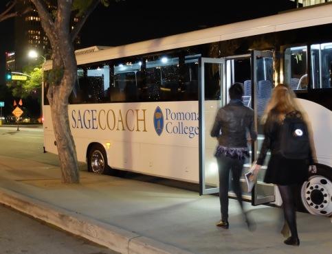Il est temps de repartir dans le bus de Pomona College