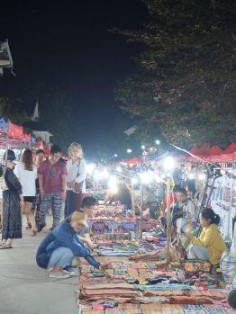 ...et le marché très touristique.