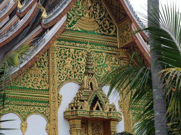 Le temple royal, très beau en vert et or.