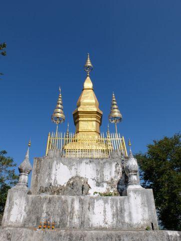 Le stupa sur le mont Phou Si