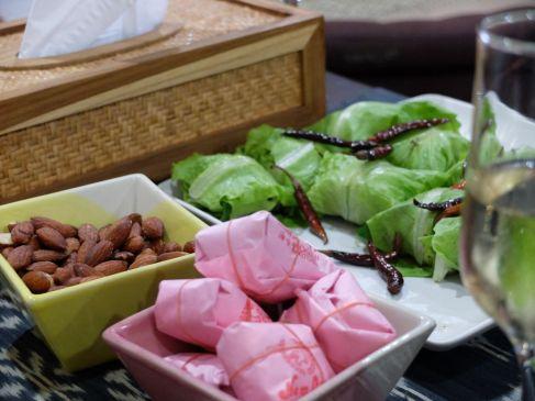 Un apéritif à la laotienne !...