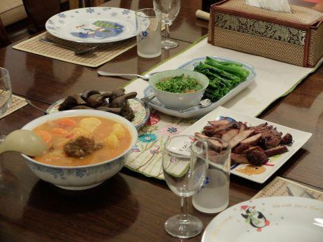 Une multitude de plats préparés par ma tante