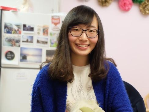 Ting, seule tête souriante de cette galerie de portraits, surtout faites de grimaces.