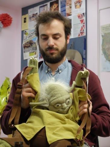 Oh et veuillez m'excuser, j'avais oublié que Yoda était aussi de la partie !