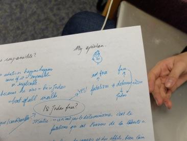 L'opinion d'Ariane sur le sujet de dissertation de philosophie. Cot cot, piou piou.