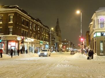 La neige, la nuit.