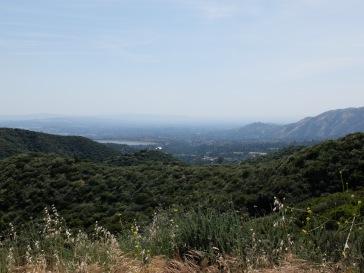 Petite vue sur le paysage au loin : l'atmosphère semble plus claire que d'habitude.