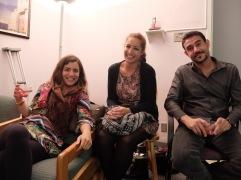 Dafini, Angela et Guillaume : trois personnes, trois continents.