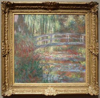 """Claude Monet, """"Le Bassin aux Nymphéas"""", 1900 : la photographie ne rend malheureusement pas justice aux couleurs vibrantes de ce tableau."""