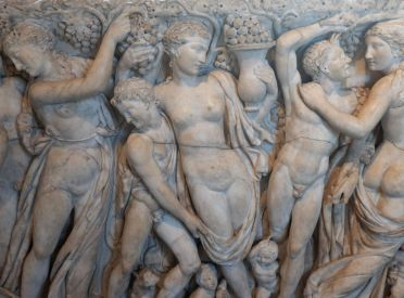 """Revelers Gathering Grapes"", détail d'un sarcophage romain datant de 225."
