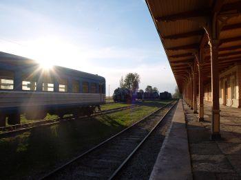 ...dans une vieille gare abandonnée d'Haapsalu.