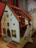 Une maquette d'une maison hanséatique.