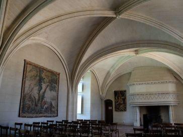 A l'étage du logis seigneurial, une des pièces (la Salle du Parlement) à été aménagée en petite salle de concert.