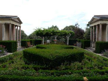 Dans les jardins du musée