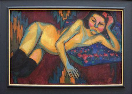 """Sonia Delaunay, """"Nu Jaune"""", 1908. J'ai redécouvert cette artiste cet été avec beaucoup d'enthousiasme. On reconnaît les tableaux de Delaunay de loin, les couleurs sont vibrantes et j'ai eu un vrai coup de coeur pour son travail dans la mode !"""