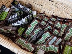 """Bar """"Milky Way"""", à garder simplement en décoration car la Voie Lactée s'avère extrêmement sucrée."""