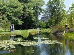 Le paisible jardin aux sculptures