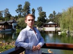 Prendre la pose dans le jardin chinois (ter)