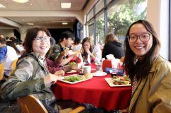 A la table japonaise (avec ma professeure de japonais à gauche !)
