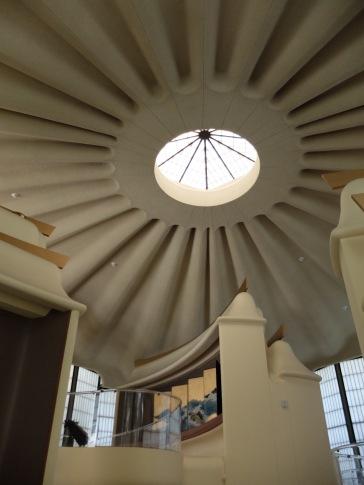 Vue sur le plafond du pavillon (bis).