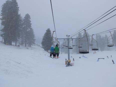 Le télésiège ou pratiquement la partie la plus sympathique du ski.
