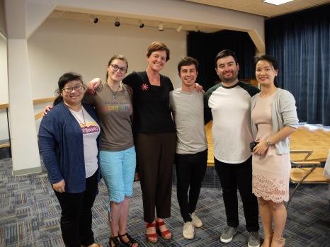 De gauche à droite : Maggie, Ines, Rita, José, Hugo et Julie.