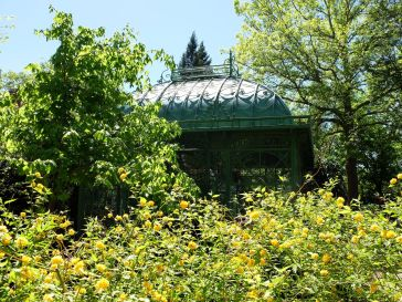 Un petit pavillon abrité