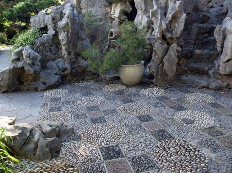 Jeux de texture sur le sol, et une petite pensée pour Callie avec qui j'aurais bien voulu marcher pieds nus sur ce sol.