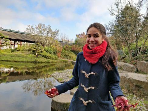 Sur l'Île de Versailles, avec les feuilles d'érable (1)