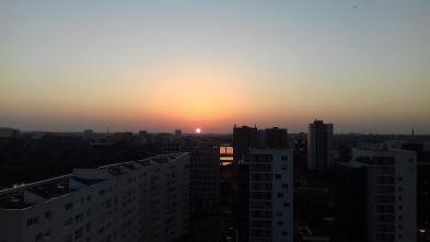 Un soleil rouge