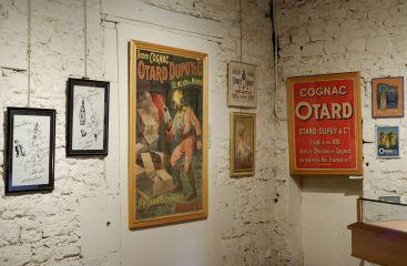 De la publicité pour les cognacs Otard à travers le monde (2)