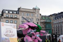 Invasion de legos à Trafalgar.