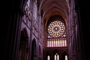 Dans la cathédrale de Saint-Malo (3)