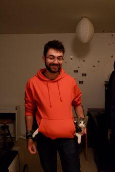 Nathan est un kangourou, en fait.