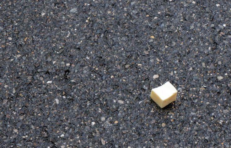 du beurre sur le sol