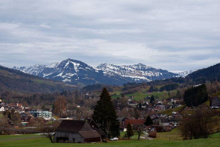 les montagnes environnant Ebnat-Kappel