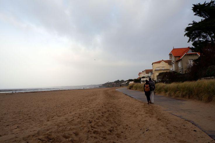 Justine et Ryan à la plage à la Bernerie