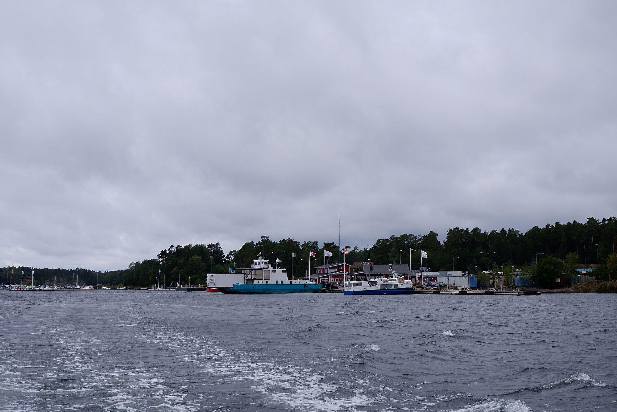 Le port de Stavnäs vu depuis l'eau